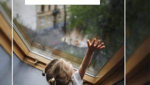 У Львові з вікна знову випала дитина