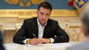 Зеленський ввів у дію рішення РНБО про санкції проти Януковича, Азарова і ще 25 ексурядовців