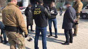 У Львові двом підозрюваним у вимаганні 208 тис гривень «відкату» обрали запобіжні заходи