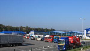 В Україну в'їжджає більше вантажівок, ніж виїжджає