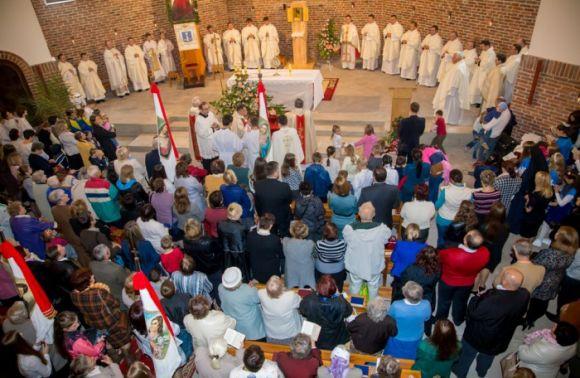 25 грудня— Католицьке Різдво