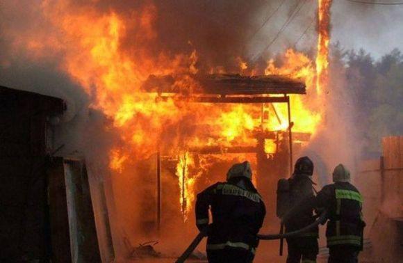 Навул. Пекарській під час пожежі убудинку загинув чоловік