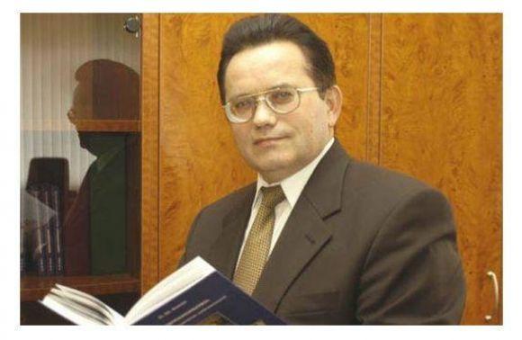 Суд призначив ректору-хабарнику штраф, вдвічі менший захабар