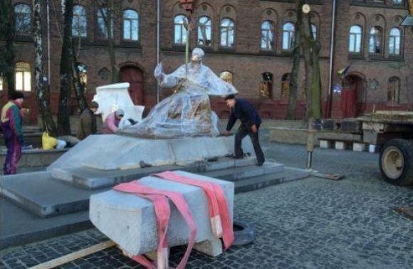 Унеділю уЛьвові відкриють пам'ятник Михайлові Вербицькому