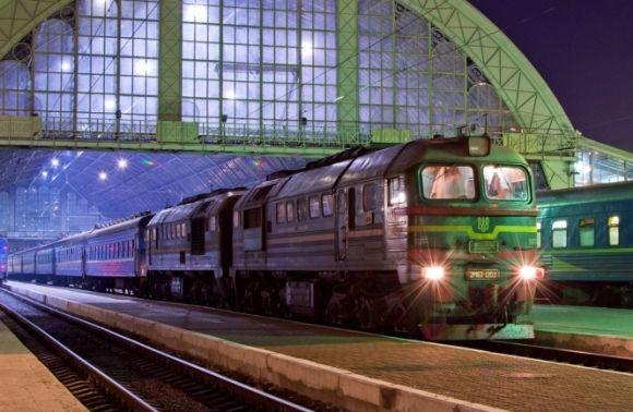 Між Львовом і Запоріжжям курсуватиме додатковий швидкий потяг